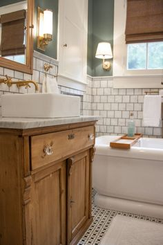 Modern Farmhouse, Rustic Modern, Classic, light and airy master bathroom design a few ideas. Bathroom makeover ideas and master bathroom renovation ideas. Bathroom Renos, Bathroom Renovations, Bathroom Interior, Small Bathroom, Home Remodeling, Bathroom Ideas, Bathroom Bin, Brown Bathroom, Bathroom Inspo
