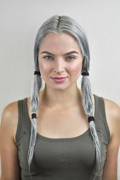 Silver Ombre Hair Dye Tutorial with oVertone Check out this tutorial to learn how to get that perfect silver ombre hair at home with oVertone! It's a DIY ombre made easy. LOVE this hair color! Black And Blonde Ombre, Black And Grey Hair, Silver Ombre Hair, Dyed Hair Ombre, Blonde Hair With Highlights, Ombre Hair Color, Hair Colors, Diy Ombre, Ombre Hair At Home