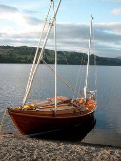 http://www.boatdesign.net/forums/boat-design/frame-mast-25696.html