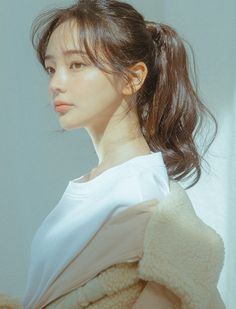 The collecion of The Beautiful Photos Mode Ulzzang, Ulzzang Girl, Natural Hair Styles, Short Hair Styles, Estilo Cool, Pin On, My Hairstyle, Hairstyles, Hair Reference