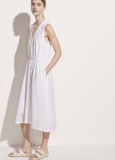 Lightweight Sleeveless Dress for Women   Vince Awesome Definition, The White Album, Stylish Mens Fashion, Tie Dress, Warm Weather, Dress Outfits, Summer Dresses, Elegant, Model