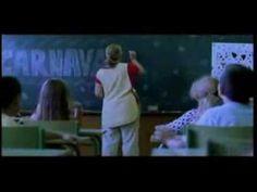 Premiado cortometraje de Sergi Pérez Gómez. Trata sobre la homosexualidad en la escuela.
