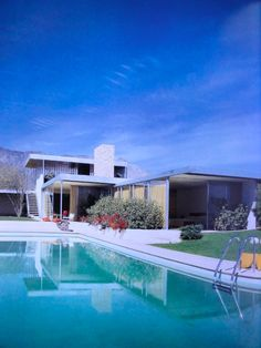 Kaufmann Desert House by Richard Neutra