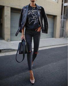 Black Friday ✔️ // Lederjacke & Tasche, Heels a - Jacke Mode Ideen Fashion Mode, Look Fashion, Fashion Outfits, Fashion Boots, Jackets Fashion, Fashion Sandals, Fashion Weeks, 80s Fashion, Fashion Advice