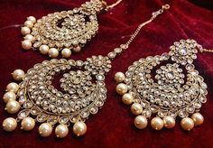 59 New Ideas For Jewerly Indian Earrings Jewels - Schmuck / jewelry - Indian Jewelry Earrings, India Jewelry, Jewelry Sets, Tikka Jewelry, Bride Earrings, Gold Jewellery, Silver Jewelry, Silver Rings, Pakistani Jewelry