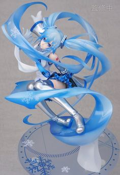 Vocaloid Hatsune Miku Snow ver. by Good Smile Company painted prototype revealed #anime #figures