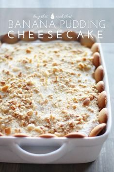 Banana Pudding Cheesecake Buy This Cook That You absolutely have to try Banana Pudding Cheesecake Come ontwo classic desserts combined into something new and fabulously. Banana Cheesecake, Cheesecake Pudding, Banana Pudding Recipes, Cheesecake Recipes, Easy No Bake Desserts, Köstliche Desserts, Pudding Desserts, Delicious Desserts, Fast Dessert Recipes