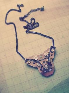 Upcycle old toys and construct your own industrial look necklace with Mechano: http://peabodyandthrift.blogspot.co.uk/2015/06/mechano-necklace.html