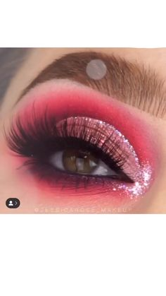 Rachel Perry is creating makeup videos, vlogs, clothing revi… – Eye Ideas Makeup Eye Looks, Cute Makeup, Awesome Makeup, Cute Eyeshadow Looks, Crazy Eye Makeup, Red Eye Makeup, Eye Makeup Steps, Asian Makeup, Gorgeous Makeup