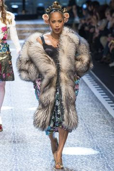 Marjorie Harvey walking 2017 Dolce and Gabbana