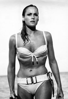 Ursula Andress as Honey Ryder in Dr. No - Widely considered the most iconic Bond girl to date, Ursula Andress in the flick Dr. No continues to exemplify timeless beach-babe beauty. Ursula Andress, Curvy Beach Body, Classic Hollywood, Old Hollywood, James Bond Girls, Swimsuits, Bikinis, Swimwear, Jeanne Moreau