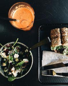 Healthy Lunch / Nuevo @magasand en la ciudad #foodie #healthyfood #sandwich #detox #juice #magasand #madrid by quenomeladenconqueso