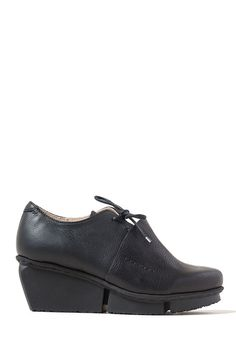 $375.00 | Trippen Rapid Shoe in Black | Trippen shoes are exceptional in design and committed to environmentally conscious production. Made from vegetable tanned leather and rubber soles for comfort. The black leather wedge shoe is from their fall collection. Sold online and in-store in Workshop in Santa Fe, New Mexico as the largest collection in the USA.