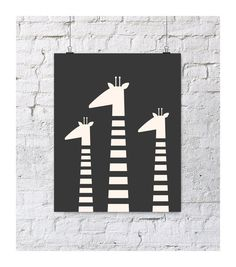 Giraffe family black and white art print #blackandwhite #pishposhbaby