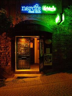 Nardis Jazz Club Istanbul : Named after one of Miles Davis's songs, Nardis Jazz Club is Istanbul's most famous and internationally-acclaimed jazz venue (the only club in Istanbul that The New York Times recommends). Located in a historic building, it's an intimate performing space, with a capacity of 120.     |Read More: http://www.theguideistanbul.com/spots/detail/419/Nardis-Jazz-Club#ixzz2Iu4hEH9v