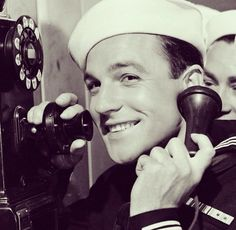 """Gene Kelly in """"Anchors Aweigh"""" (1945)"""