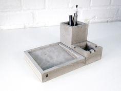 Concrete desk tiday by Formfreunde at #DaWanda