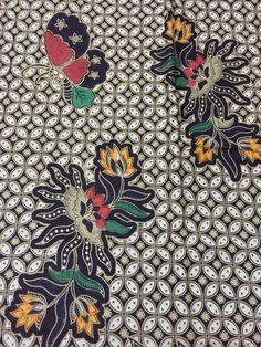 Batik Jogja - kawung seling kembang