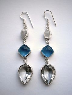 Clear Crystal Quarz and Rainbow Moonstone Earrings €22.00