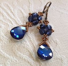 Midnight blue crystal earrings, blue earrings, blue Swarovski earrings, blue statement earring, blue dangle earrings, bridesmaid's gift, EBW