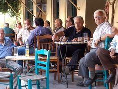 A hang-out ONLY for MEN? Yes, that's right: Greek traditional kafeneio (café). Greek Girl, Coffee Places, New Love, Close To My Heart, Stunning View, Beach Fun, Ancient History, Santorini, Athens