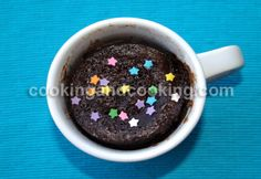 Chocolate Mug Cakes Recipe - Dessert Recipes Fluffy Chocolate Cake, Microwave Chocolate Mug Cake, Chocolate Mug Cakes, Chocolate Recipes, Chocolate Heaven, Mug Recipes, Easy Cake Recipes, Easy Desserts, Delicious Desserts