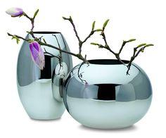 Orb Vase, High by Philippi. Mirror polished stainless steel. #vase #YVR #BC #Vancouver #Vancity #Home #Homedecor #interiordesign #design #Luxury #Elegant #quality #flowers #floral #Philippi #unique #stainlesssteel #orb
