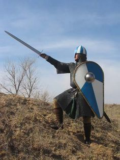 How much did medieval suits of armor weigh? Medieval World, Medieval Knight, Medieval Armor, Medieval Fantasy, European History, Ancient History, Norman Knight, Renaissance, High Middle Ages