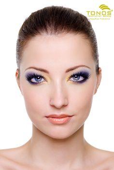 ¿Cómo lograr una armonía en nuestro rostro sin vernos recargadas?  Pues bien la armonía la logramos teniendo un equilibrio entre el maquillaje de los ojos y el de los labios. Siempre recuerda, si vas a resaltar tus labios debes maquillar un poco más suaves tus ojos y viceversa! Puedes resaltar la parte de tu rostro que más te guste o escoger cada día una parte diferente para así lucir siempre diferente y hermosa!