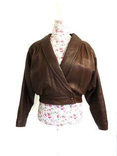 VINTAGE RETRO ORTOV LONDON BROWN TAN SOFT LEATHER CROPPED COAT JACKET SIZE SMALL