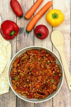 Chakalaka (plat sud africain) - Amandine Cooking - The Best Breakfast Recipes Raw Food Recipes, Veggie Recipes, Food Network Recipes, Dinner Recipes, Cooking Recipes, Fast Recipes, Yummy Recipes, South African Dishes, South African Recipes