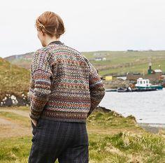 Ravelry: Fairisle Club Lerwick pattern by Marie Wallin Fair Isle Knitting Patterns, Fair Isle Pattern, Knitting Stitches, Free Knitting, Sock Knitting, Knitting Designs, Countryside Fashion, Fair Isles, Tartan