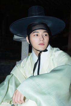 kim myungsoo Ruler still cuts Cunning Single Lady, L Infinite, Master's Sun, Kim Myung Soo, Myungsoo, Woollim Entertainment, Drama Korea, Korean Actors, Korean Dramas