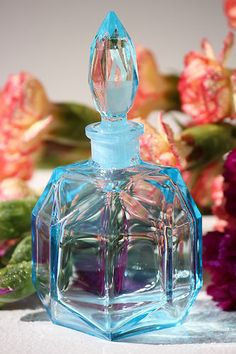 HAPPY OCTAGON - LIGHT BLUE PERFUME BOTTLE, ONLY 1 item available!!!!!!!!!!!!!!