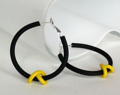 Yellow and black fashion earrings;frankideas #IowaHawkeyes
