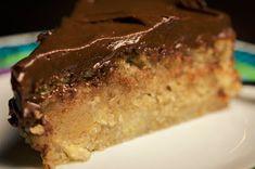 Spisekammeret: Den mest fantastiske banankage (Recipe in Danish) Danish Dessert, Danish Food, No Bake Desserts, Delicious Desserts, Yummy Food, Cake Recipes, Dessert Recipes, Norwegian Food, Scandinavian Food