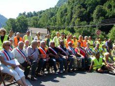 RN134 bloquée au niveau de Cette Eygun en protestation contre la E7 - Vallée d'Aspe, Pyrénées Atlantique