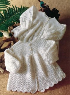 Peter Pan - P663 - 2-ply Matinee Coats (birth - age 2;1 knit, 1 crochet)