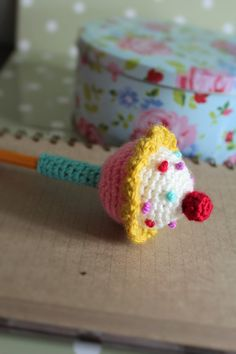 crochet cupcake pencil topper pattern by loopyloudesigns on Etsy
