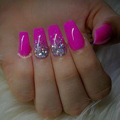 Custom nails design allpowder design by tonysnail Hot Pink Nails, Pink Acrylic Nails, Fancy Nails, Trendy Nails, Acrylic Gel, Pink Sparkle Nails, Nail Bling, Glitter Accent Nails, Pink Nail Art