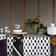 Marimekko Iso Noppa Table Runner - Marimekko Tablecloths & Runners