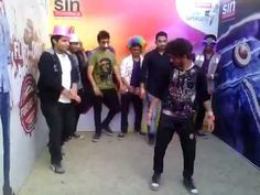Fashioners strike a fantastic move to SINful music at Xavostav, St. Xaviers College, Kolkata! #SINatSupersonic
