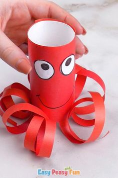 Join in and make a fun toilet paper roll octopus craft with us. Cute Kids Crafts, Paper Crafts For Kids, Craft Activities For Kids, Preschool Crafts, Diy For Kids, Craft With Paper, Craft Kids, Diy Crafts, Christmas Crafts For Adults