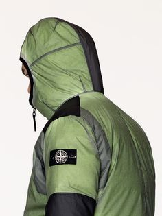 47acec8b5215 Stone Island   70999 Ice Jacket Resin-T Shell Down   StoneIsland.com