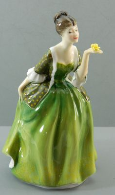Royal Doulton Fleur HN 2368 Bone China by QueeniesCollectibles, $54.99
