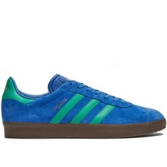 Adidas Originals Gazelle suede trainers ($77) ❤ liked on Polyvore featuring men's fashion, men's shoes, men's sneakers, blue multi, shoes, mens blue suede shoes, mens blue sneakers, mens suede sneakers, mens blue shoes and mens suede shoes