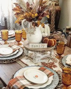 Thanksgiving Table Settings, Thanksgiving Tablescapes, Holiday Tables, Thanksgiving Decorations, Seasonal Decor, Holiday Decor, Thanksgiving Salad, Fall Table Settings, Fall Table Decorations