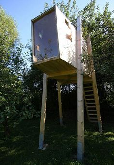 Building a Treehouse for Kids [Plans & Pics]