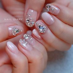 Diary Art of the Month ⠀ ⠀ ⠀ Twinkle hidden in the art of the month It's so classy wedding nail lovers ⠀ ⠀ ⠀ ⠀ Art Book of the Month . Cute Nail Art, Nail Art Diy, Diy Nails, Korean Nail Art, Minimalist Nails, Nail Art Videos, Winter Nail Art, Acrylic Nail Art, Christmas Nail Art