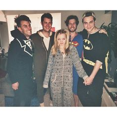 game//onesie//pizza night with m'love& m'big brudders. I slayed. (I lost)